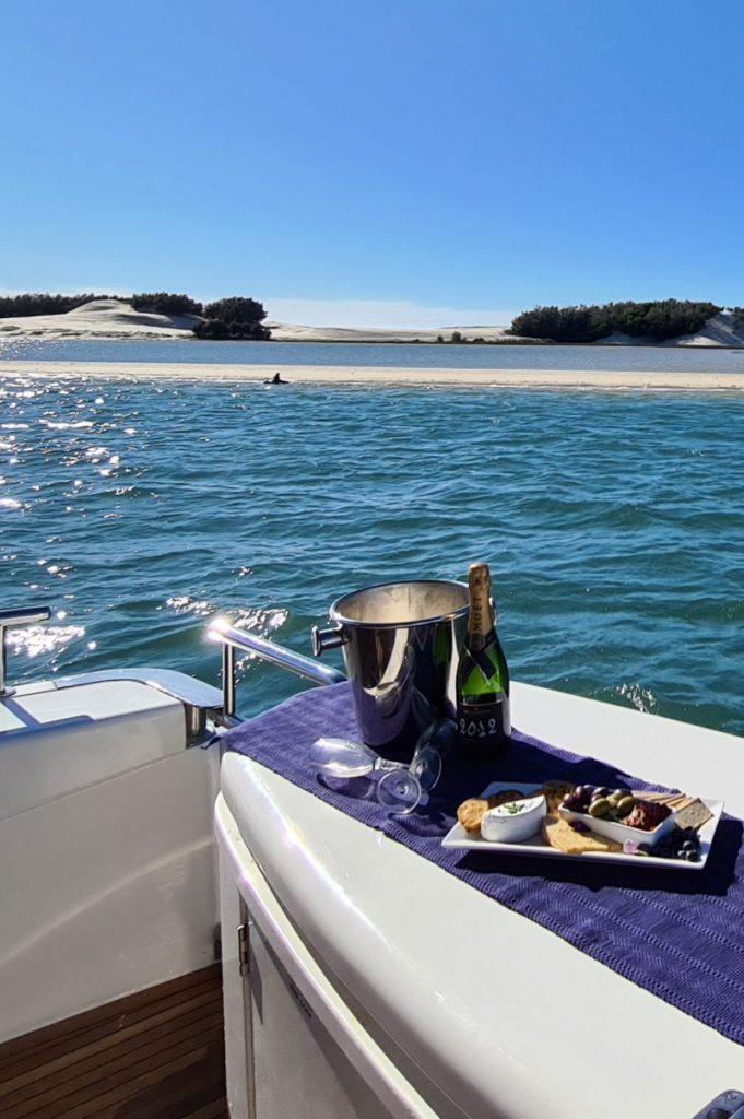 gold coast boat charter weekend