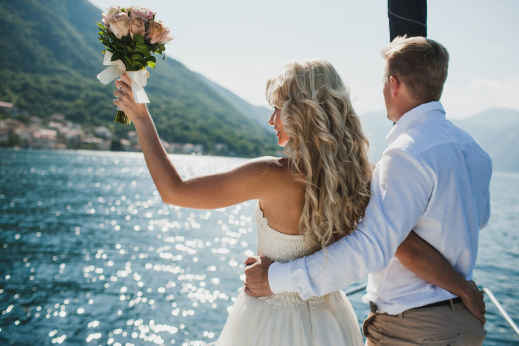 Wedding packages simple weddings yacht wedding boat wedding getting married wedding venues wedding planners wedding gold coast wedding Brisbane wedding Whitsundays honeymoon yacht honeymoon